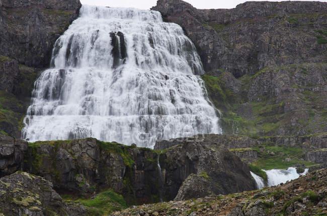 Vista panoramica della cascata Dynjandi, Arnafjord, Westfjords, Islanda — Foto stock