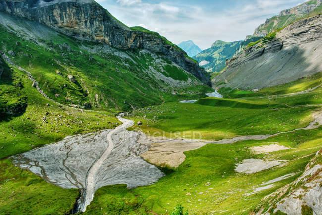Мальовничий вид на гірський краєвид, Пекстон, Берн, Швейцарія — стокове фото