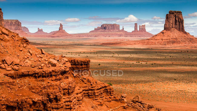 Landscape with rock formations, Monument Valley, Arizona and Utah border, USA — Stock Photo