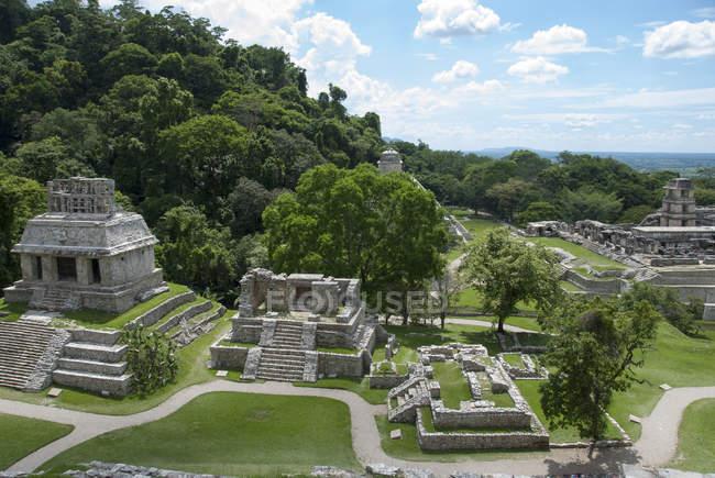Підвищені вигляд храму Сонця, Паленке, Чьяпас, Мексика — стокове фото