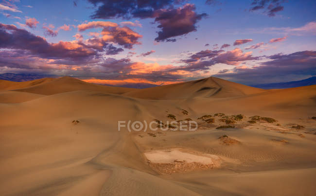 Scenic view of dunes at sunrise, Death Valley, California, USA — Stock Photo