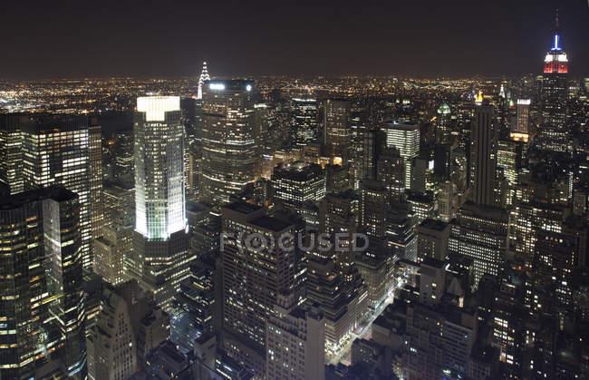Vista panoramica sulla città di notte, New York, USA — Foto stock
