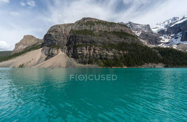 Affascinante vista sul lago della Morena e sulla Valle delle Dieci Cime, Banff National Park, Alberta, Canada — Foto stock