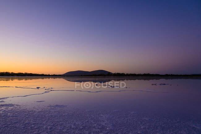 Calm salt lake at dusk, Eyre Peninsula, Australia — Stock Photo