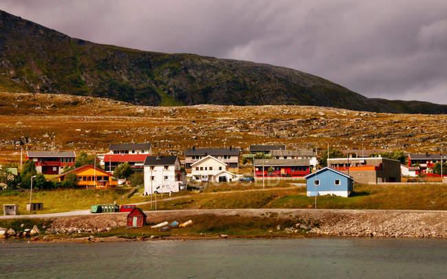 Vista panorâmica da aldeia, Hammerfest, Noruega — Fotografia de Stock