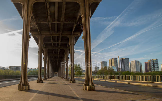 Scenic view of Bir Hakeim Bridge, Paris, France — Stock Photo