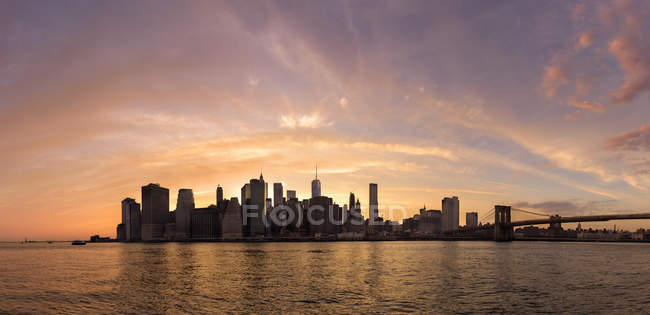 Manhattan gesehen aus Brooklyn, New York, Usa — Stockfoto