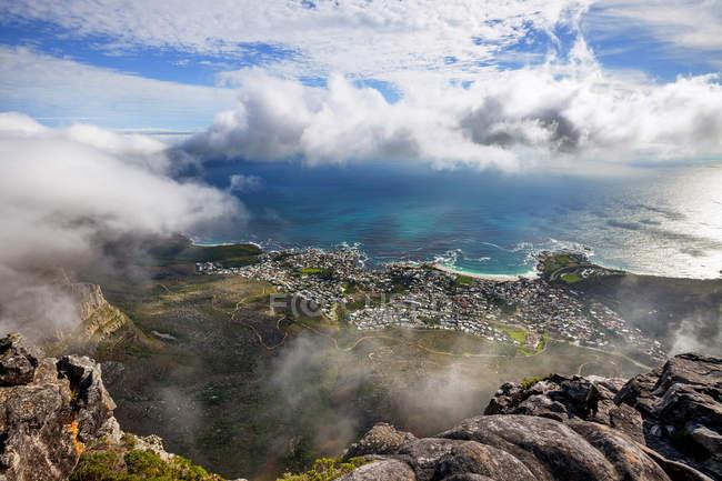 Luftaufnahme der Stadt und Der Tischbucht vom Tafelberg, Kapstadt, Südafrika — Stockfoto