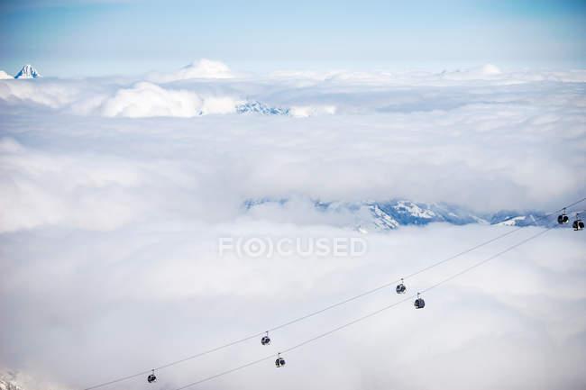Vista aérea de telecadeiras, Kitzsteinhorn, Salzburgo, Áustria — Fotografia de Stock