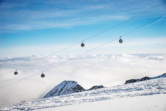 Vista panorâmica de telecadeiras, Kitzsteinhorn, Salzburgo, Áustria — Fotografia de Stock