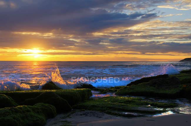 Scenic view of Burns Beach at sunset, Perth, Western Australia, Australia — Stock Photo