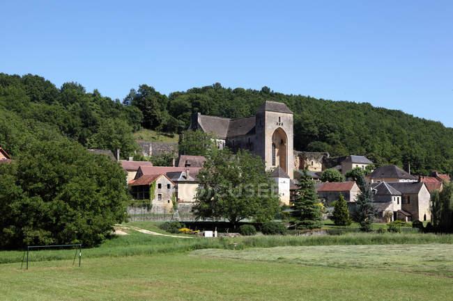 Живописный вид на Сен-Аман-де-Коли, Дордонь, Франция — стоковое фото
