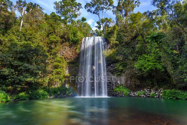 Vista panoramica delle Millaa Millaa Falls, Atherton Tableland, Queensland, Australia — Foto stock