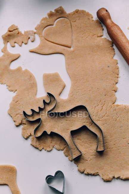 Making christmas reindeer cookies process — Stock Photo