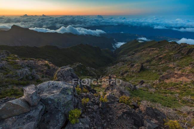 Vale das Montanhas ao pôr do sol, Porto Rico, Ruivo, Funchal, Madeira, Portugal — Fotografia de Stock