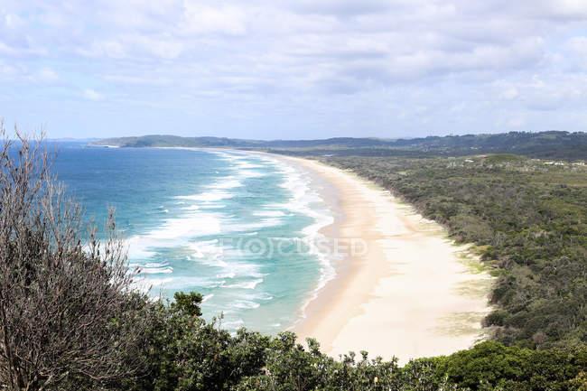 Scenic view of Empty beach, Byron Bay, New South Wales, Australia — Stock Photo