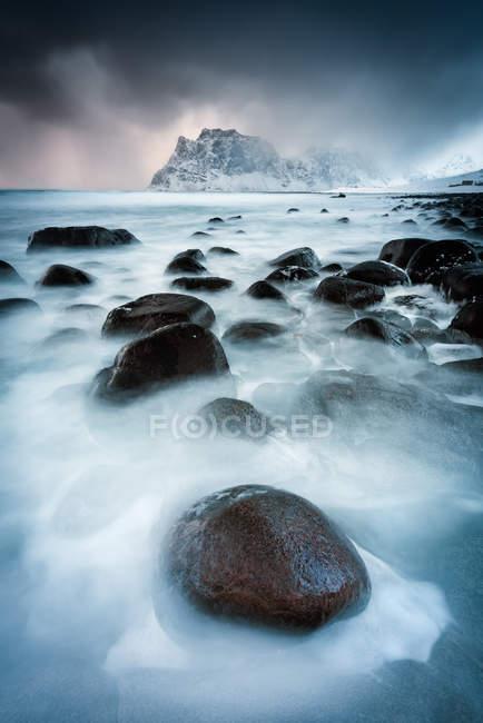 Scenic view of Utakleiv beach, Nordland, Lofoten, Norway — Stock Photo