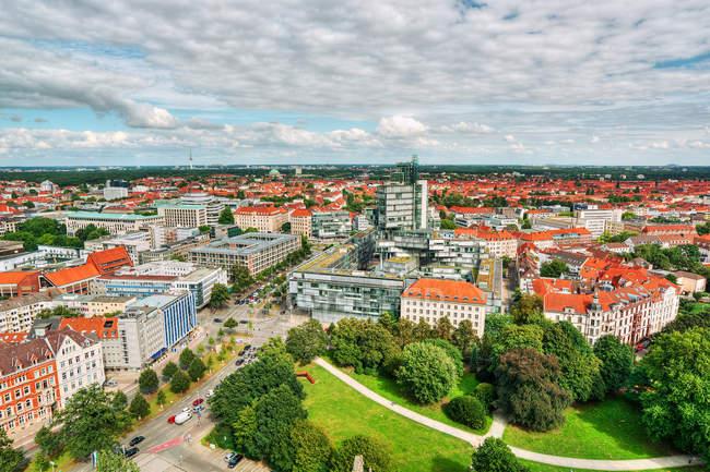 Vista panorámica del horizonte de la ciudad, Hannover, Alemania - foto de stock