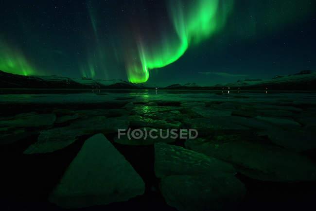 Malerische Aussicht von Northern Lights, Jökulsárlón, Island — Stockfoto
