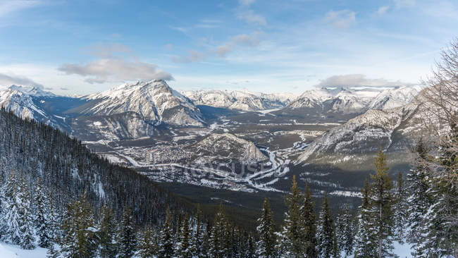 Scenic view of Canadian rocky mountains, Banff, Alberta, Canada — Stock Photo