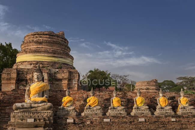 Scenic view of Wat Yai Chai Mongkhon temple, Ayutthaya, Thailand — Stock Photo