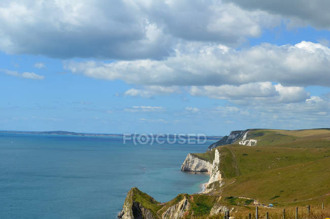 Scenic view of Coastal landscape, Lulworth Cove, Dorset, England, UK — стоковое фото
