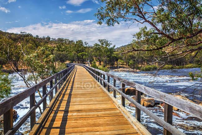 Scenic view of Bridge across Bells Rapids, Swan Valley, Perth, Australia — Stock Photo