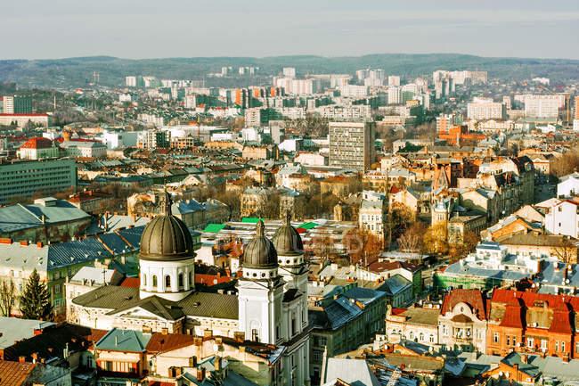 Vue panoramique sur l'horizon de la ville, Lviv, Ukraine — Photo de stock