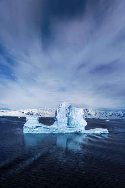 Malerische Aussicht auf Eisberge, Deception Bay, Antarktis — Stockfoto