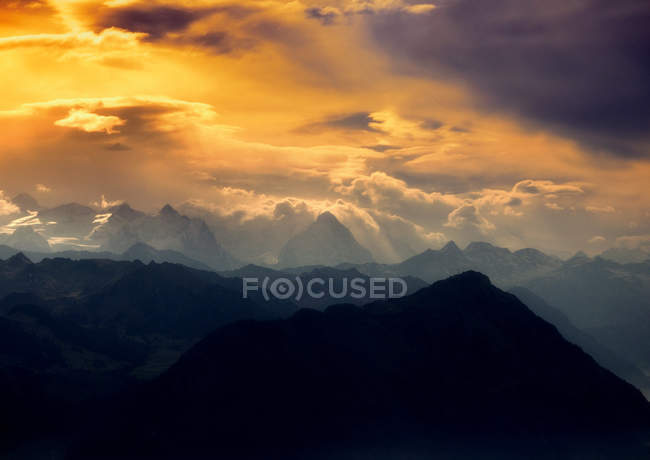 Scenic view of the alps mountains at sunset, Arth, Switzerland — Stock Photo
