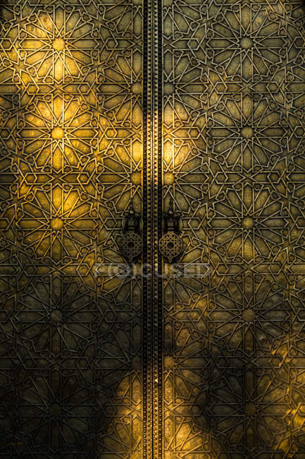 Close-up of an ornate golden door, Morocco — Stock Photo