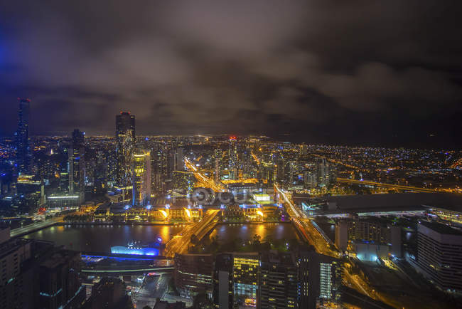 Vista aérea de Victoria cityscape à noite, Austrália — Fotografia de Stock