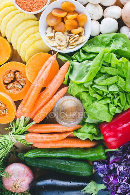 Fresh fruits and vegetables, top view — Stock Photo