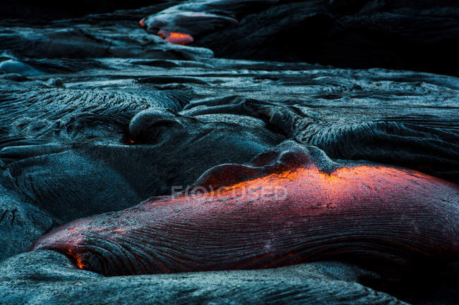 Coulée de lave sur une montagne, Hawaii, l'Amérique, Usa — Photo de stock