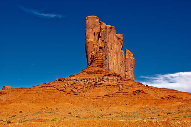 Мальовничий вид на слона Б'ютт, Долина монументів, штат Арізона, Америка, США — стокове фото