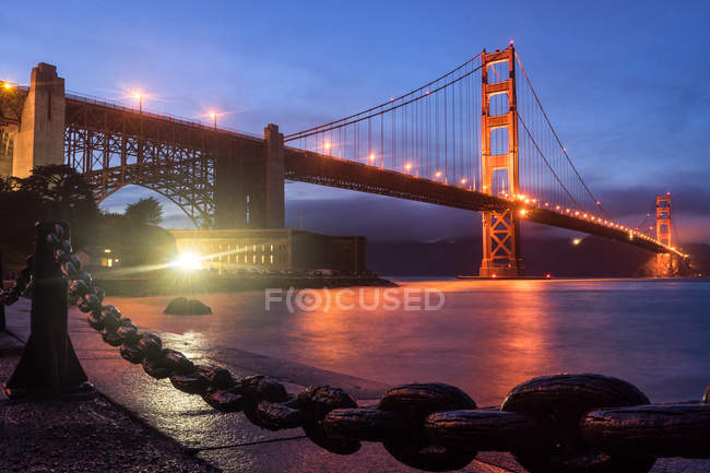 Scenic view of Golden Gate Bridge at dusk, San Francisco, California, America, USA — Stock Photo