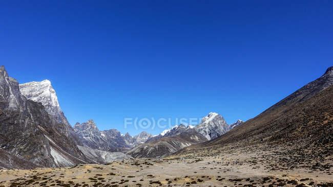 Vista panoramica del paesaggio rurale, montagne dell'Himalaya, Nepal — Foto stock