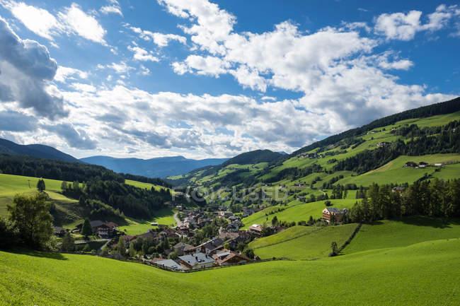 Scenic view of Santa Magdalena, Funes, Trentino-Alto Adige, Italy — Stock Photo