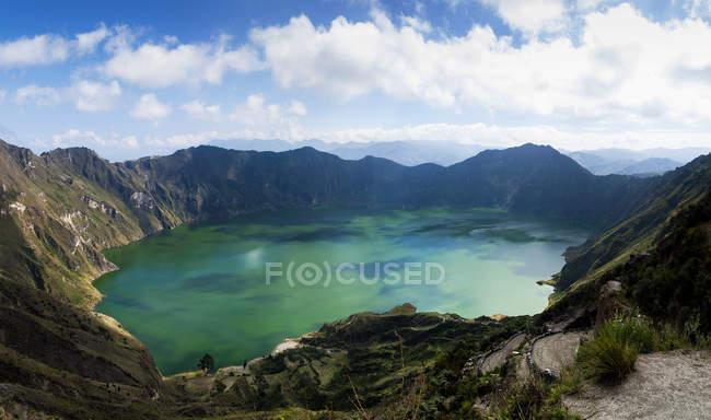 Vista cénico da lagoa de Quilotoa, Cotopaxi, Equador — Fotografia de Stock