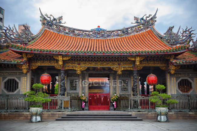 Scenic view of Lungshan Temple of Manka, Wanhua District, Taipei, Taiwa — Stock Photo