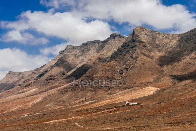 Vista panorámica del paisaje de montaña, Cofete, Fuerteventura, Islas Canarias, España - foto de stock