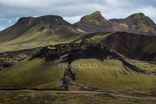 Vista panoramica sulla natura montana — Foto stock