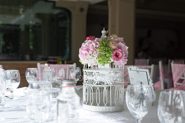 Closeup view of Floral centre piece on a table — Stock Photo