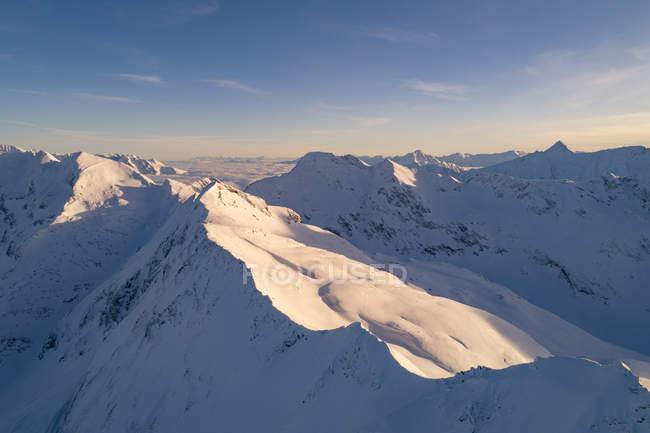 Snowcapped гірські вершини, Sportgastein, Зальцбург, Австрія — стокове фото