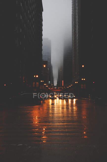 Cityscape at night, Chicago, America, USA — стокове фото