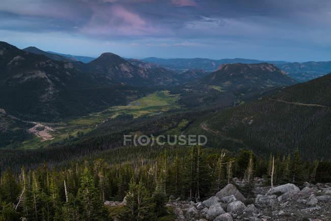 Vue panoramique sur le parc national des montagnes Rocheuses, Colorado, Amérique, États-Unis — Photo de stock