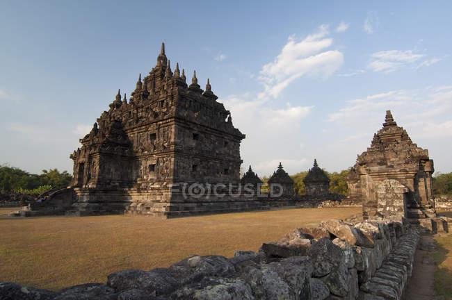 Vue panoramique du temple célèbre de Plaosan, Yogyakarta, Indonésie — Photo de stock