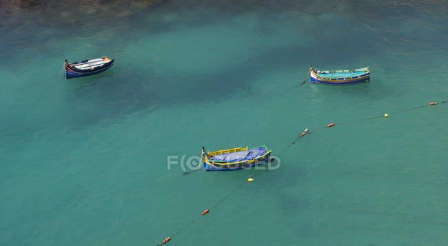 Vista panoramica di barche da pesca tradizionali, Malta — Foto stock