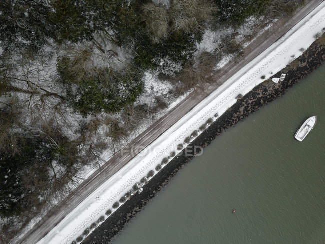 Vue aérienne d'une route côtière, Irlande — Photo de stock