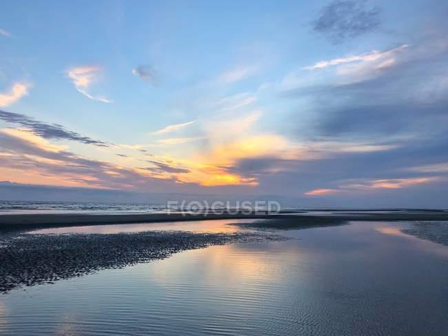 Malerische Aussicht auf den Strand bei Sonnenuntergang, Rindby Strand, Fanø, Dänemark — Stockfoto
